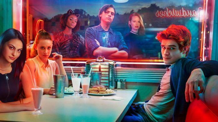 Riverdale Saison 2 streaming